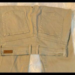 Gloria Vanderbilt Khaki Jeans Size 6 Like New